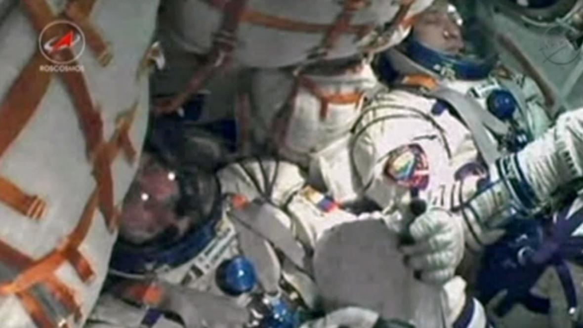 Posádka Sojuzu před startem