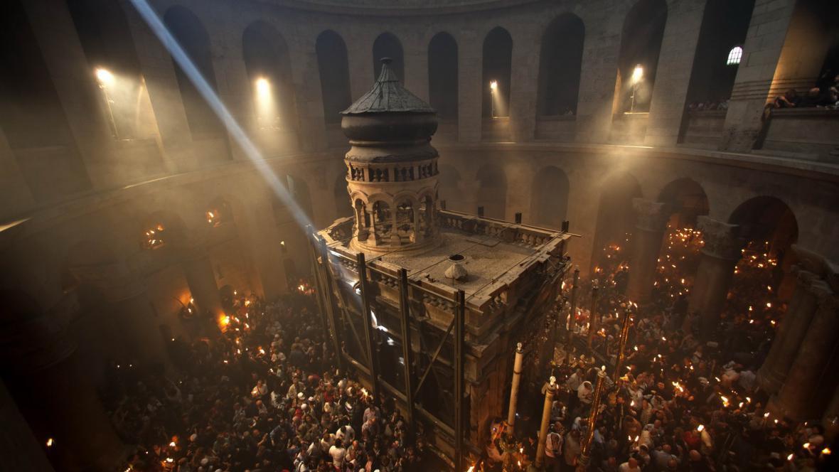 Rituál svatého ohně
