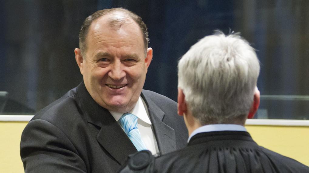 Mićo Stanišić před haagským tribunálem