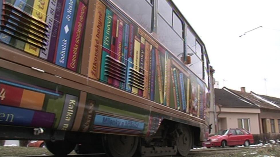 MHD - místo, kde lidé často čtou