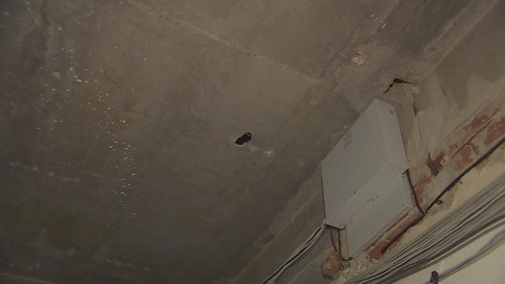 Rekonstrukce odhalila jen drobné poškození konstrukce budovy