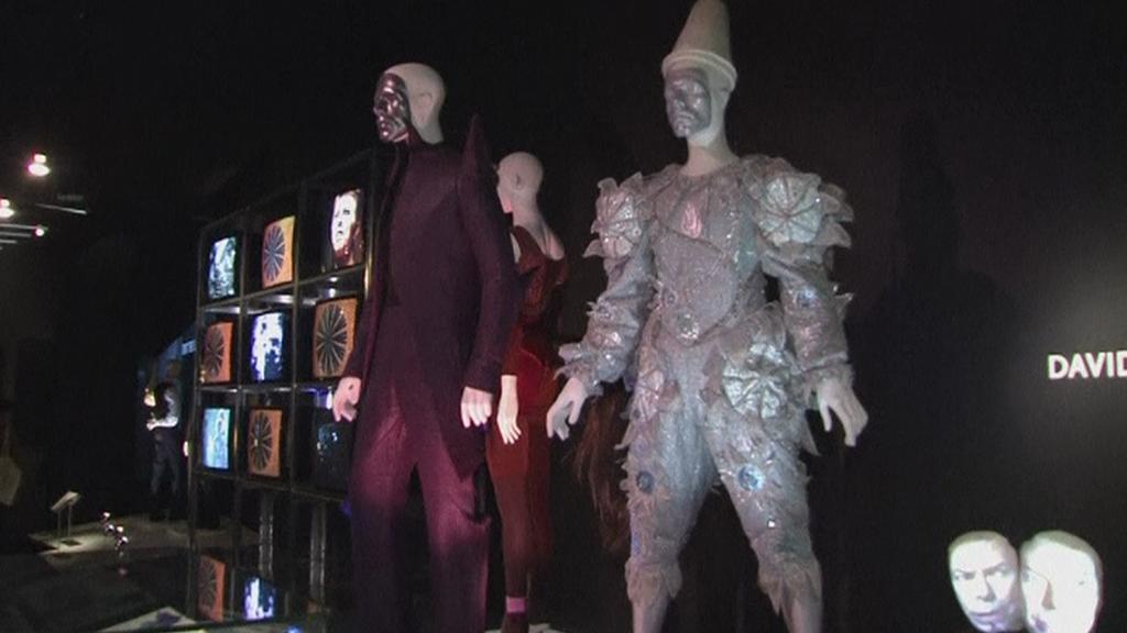 Z výstavy David Bowie v muzeu Victorie a Alberta v Londýně