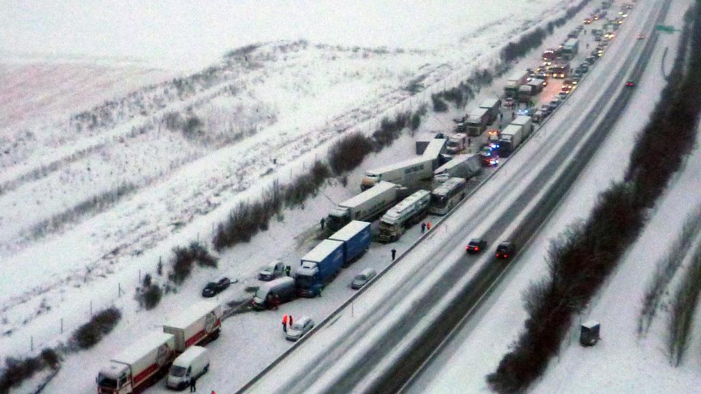 Hromadná havárie zablokovala rakouskou dálnici A1