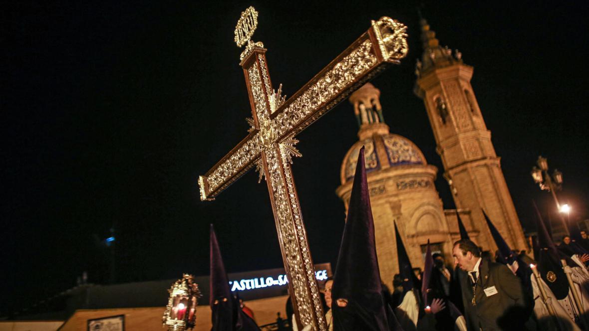 Oslavy Svatého týdne ve španělské Seville
