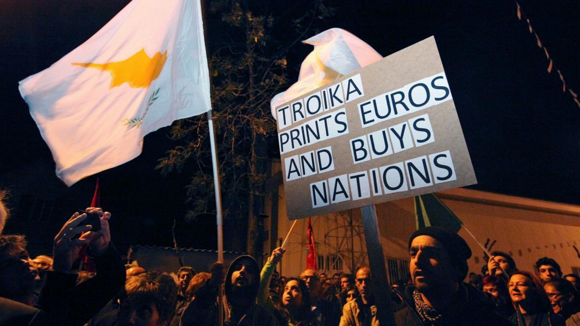 Protesty Kypřanů v Nikósii