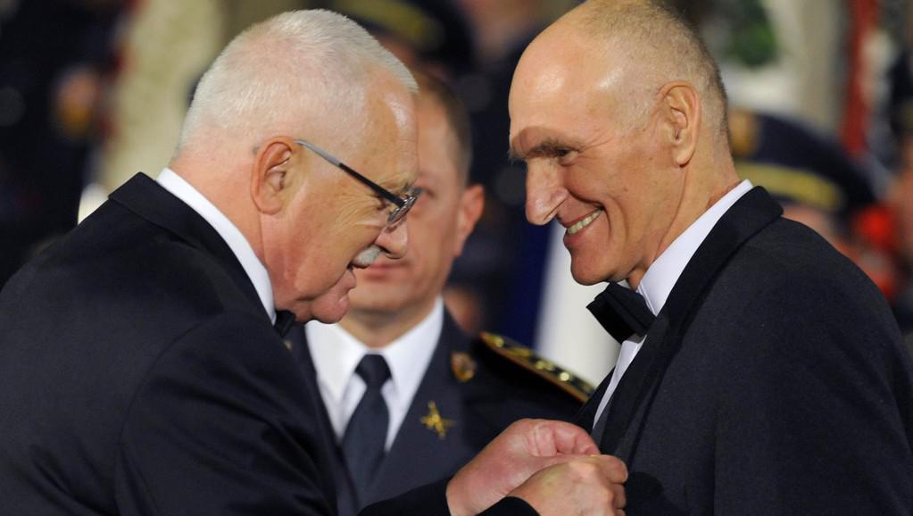 Martin Hilský obdržel Medaili za zásluhy
