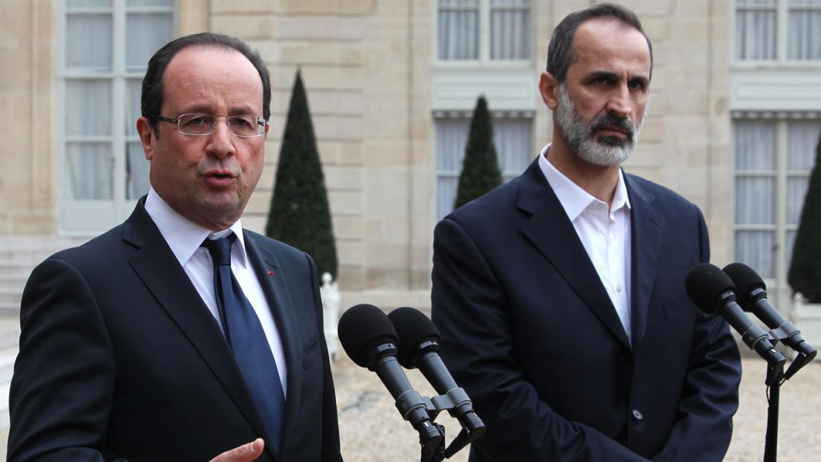 François Hollande a Ahmad Muáz Chatíb