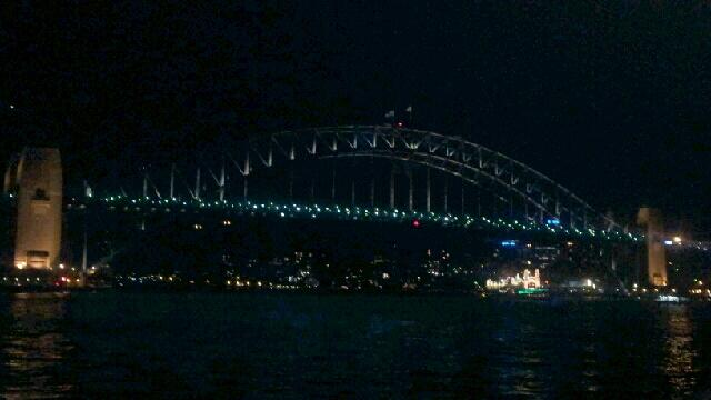 Zhasnutý Harbour Bridge