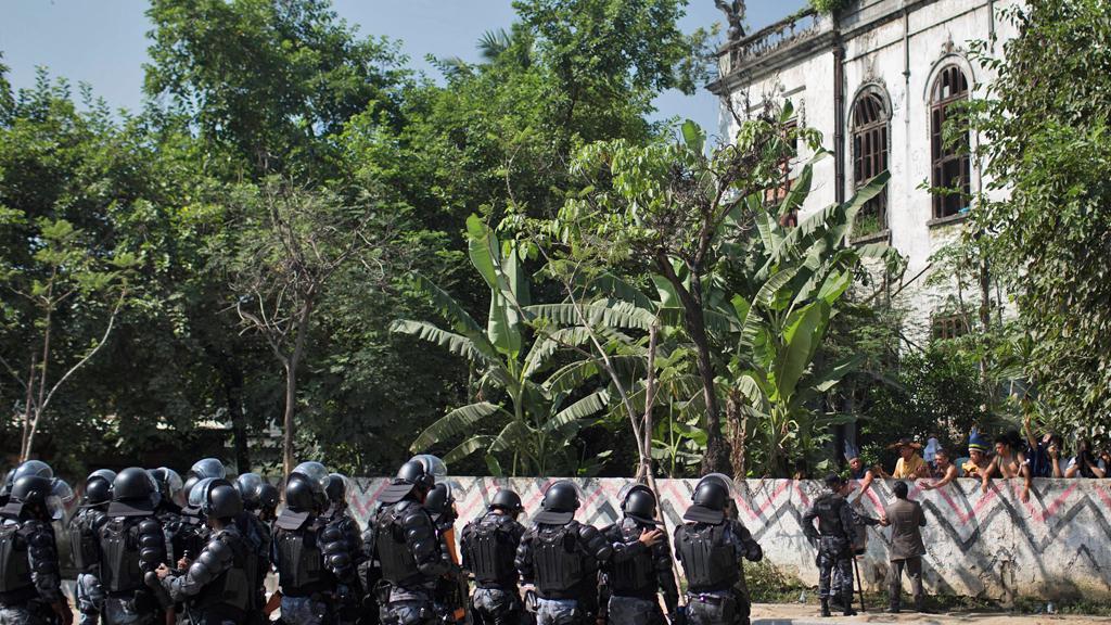 Policie vyklidila staré indiánské muzeum v Riu