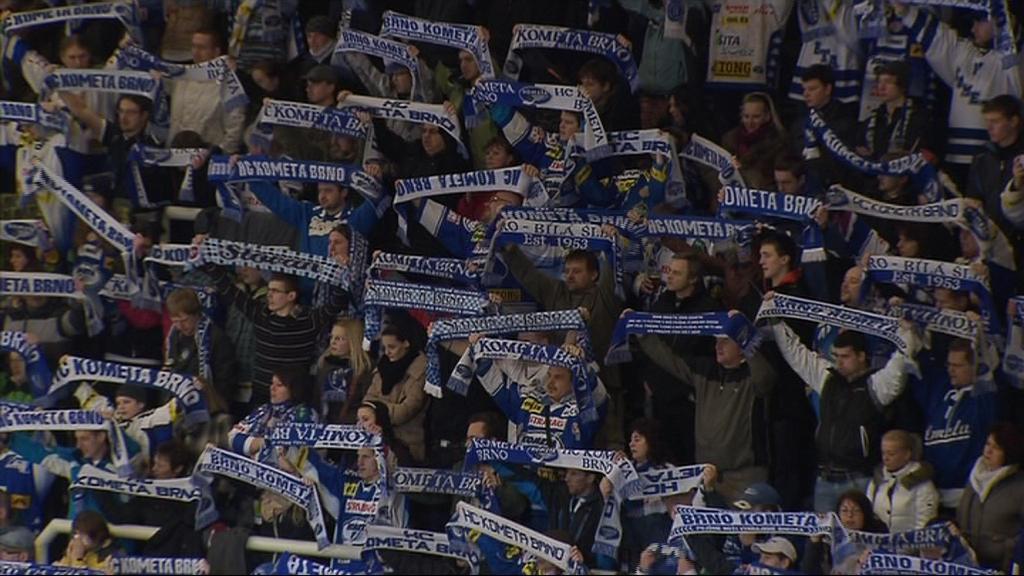 Ani krach v bojích o play-off brněnské fanoušky neodradil