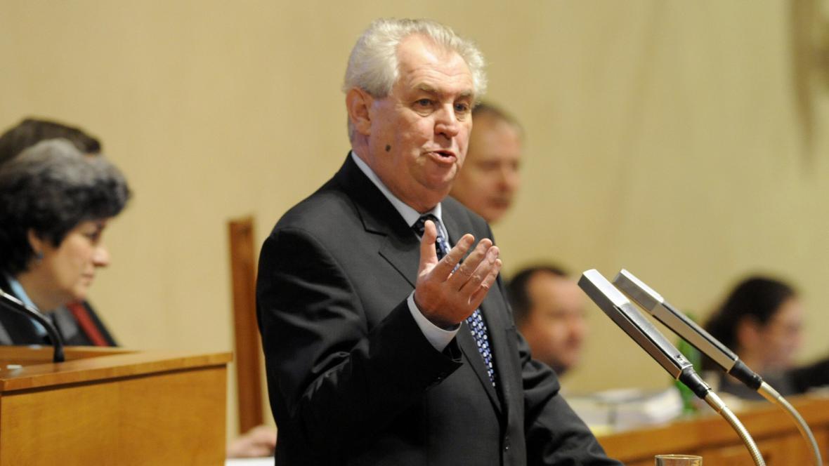 Projev Miloše Zemana v Senátu