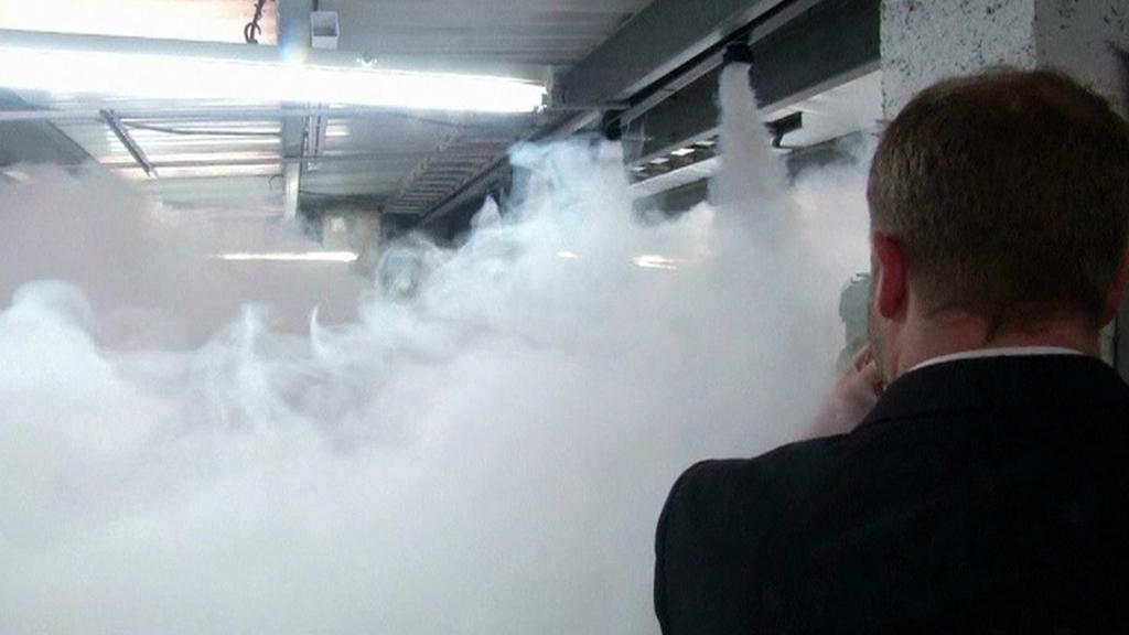 Školy má před šílenými střelci ochránit hustý kouř