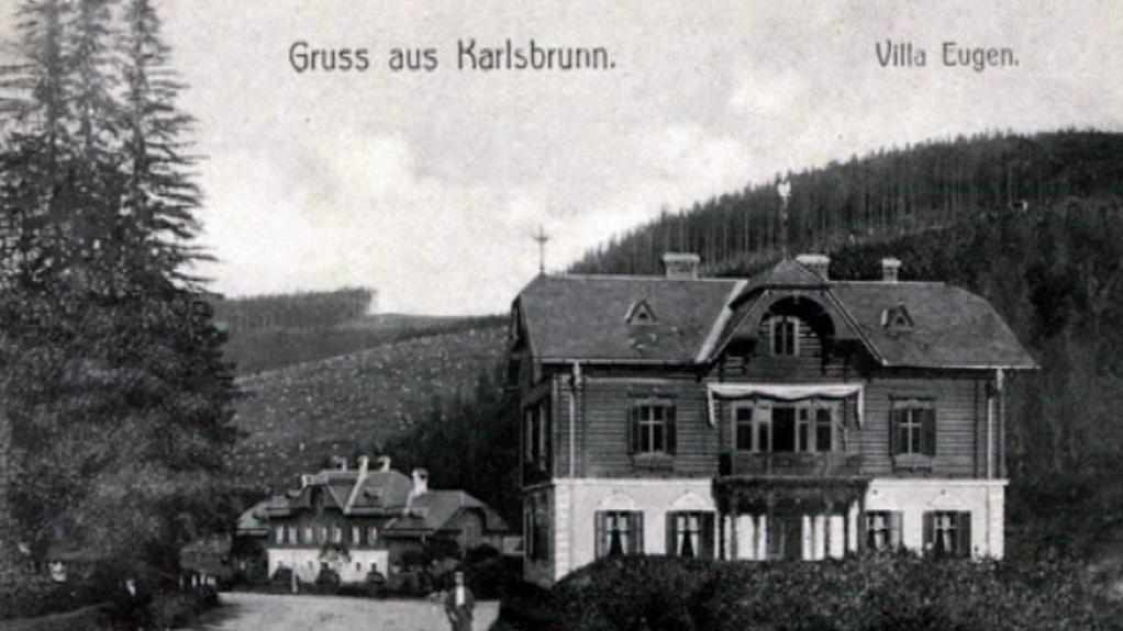 Historická fotografie vily