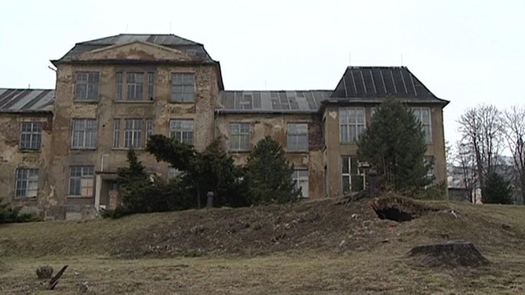 Část univerzitního kampusu před rekonstrukcí