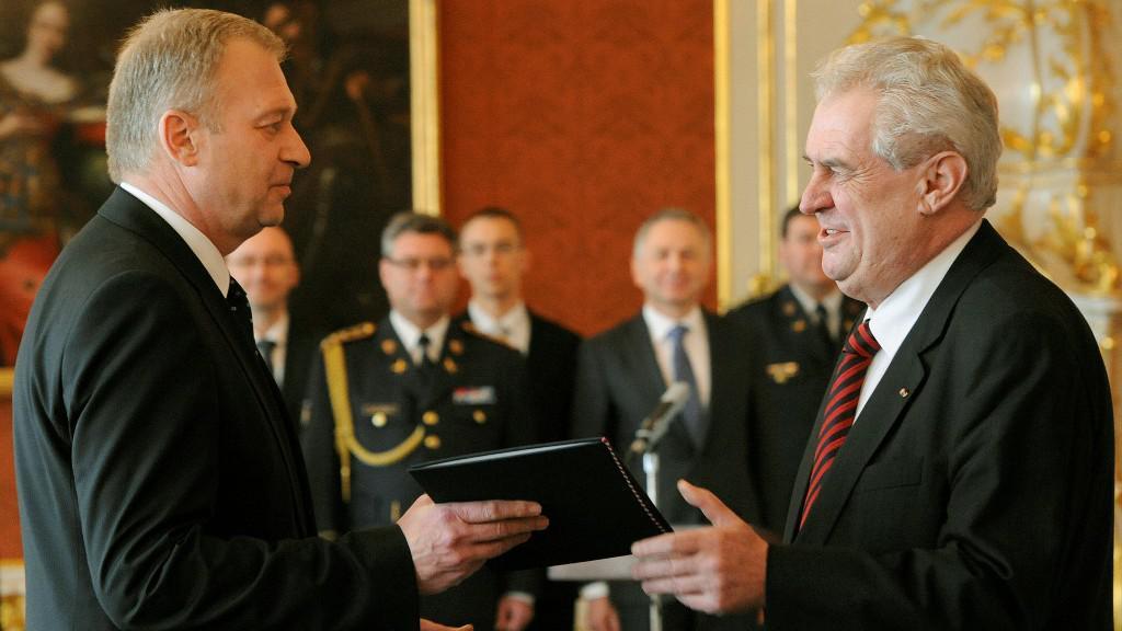 Jmenování Vlastimila Picka ministrem obrany