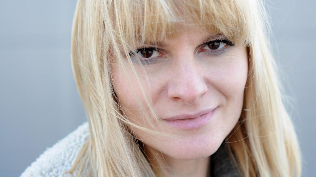 Iva Pazderková, pro turné na prahu jara 2013 ozdoba Pražského výběru. Jestlipak tušíte, ve kterých písní vystoupí?