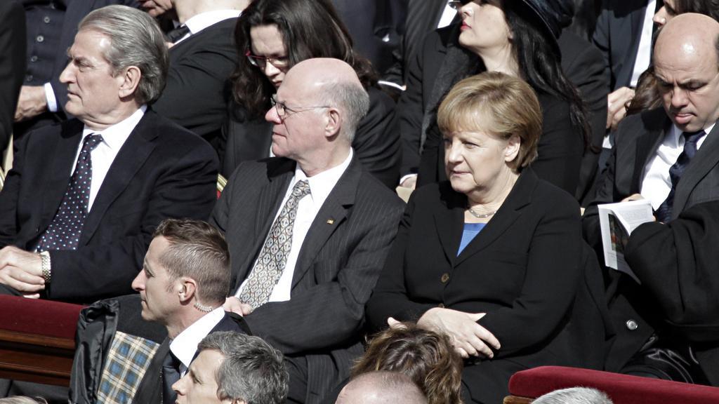Angela Merkelová na inauguraci Františka