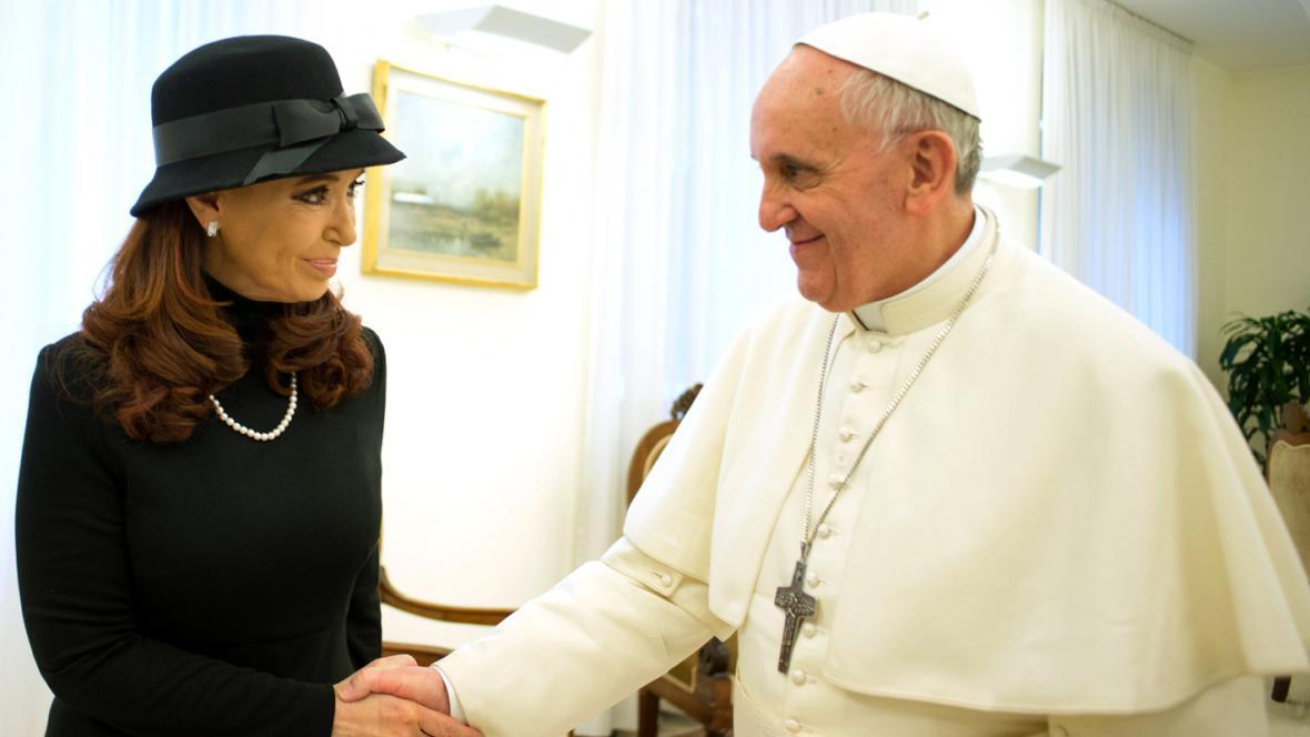 Papež František a Cristina Fernándezová
