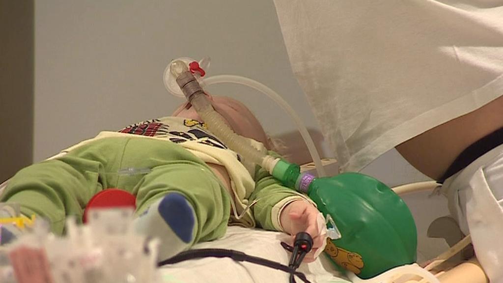 Dětský pacient na magnetické rezonanci