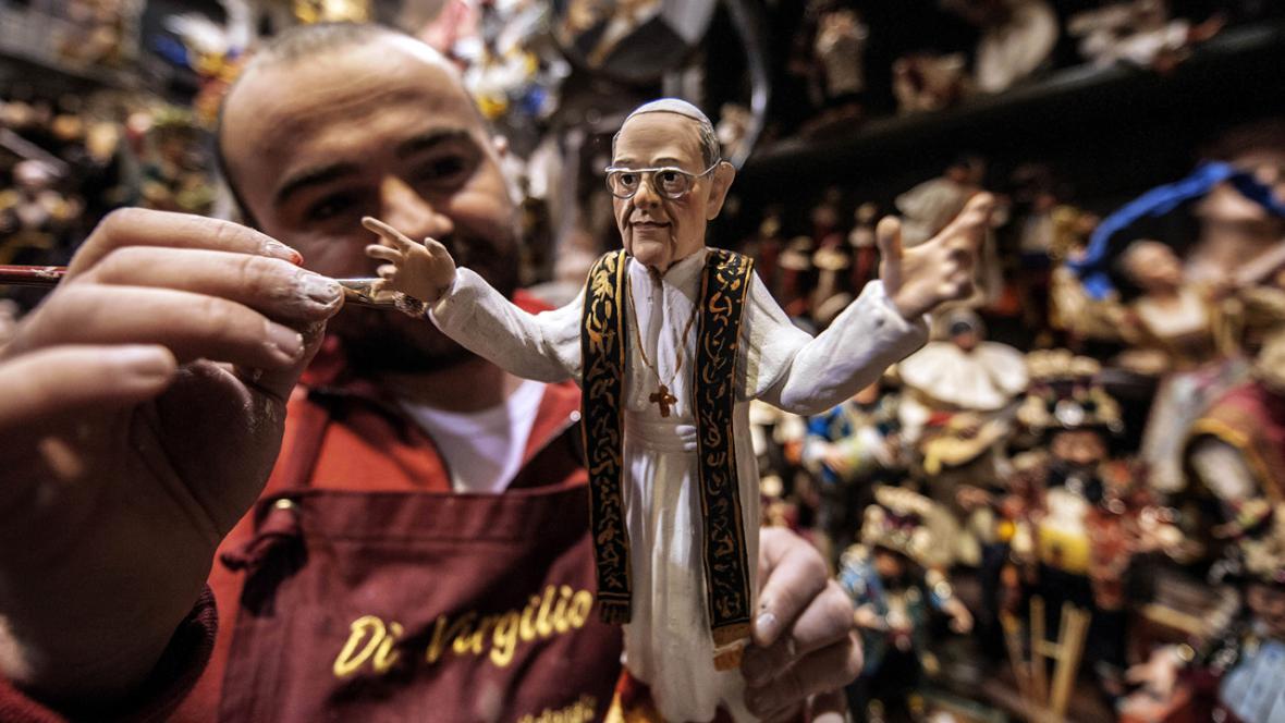 Figurka papeže Františka