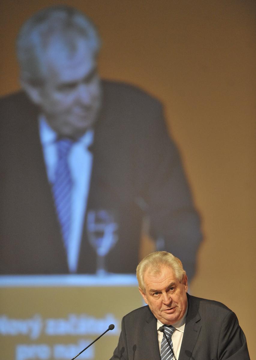 Prezident Zeman na sjezdu ČSSD