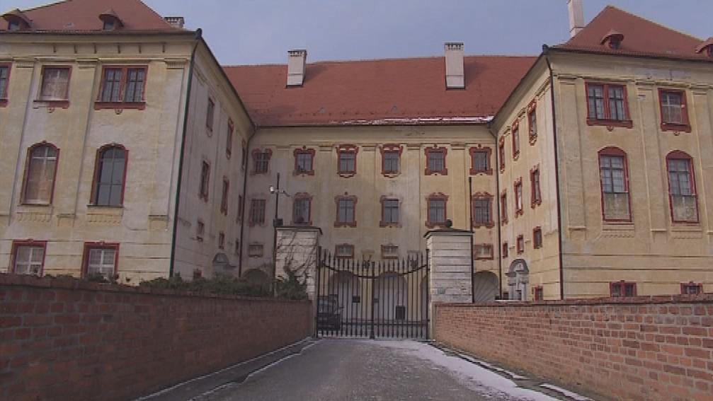 Kunštátský zámek je přístupný jen z jedné třetiny