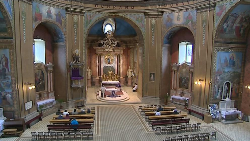 Hostýnská bazilika při ranní mši