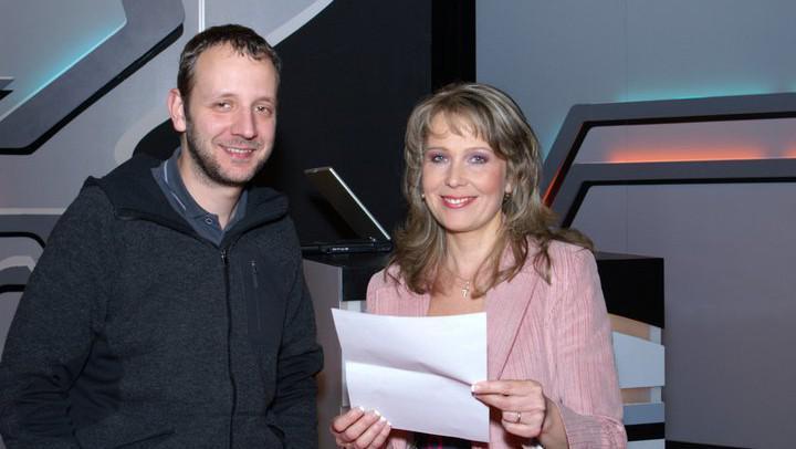 Eva Machourková a režisér Ladislav Cmíral na natáčení AZ-kvízu (2011)