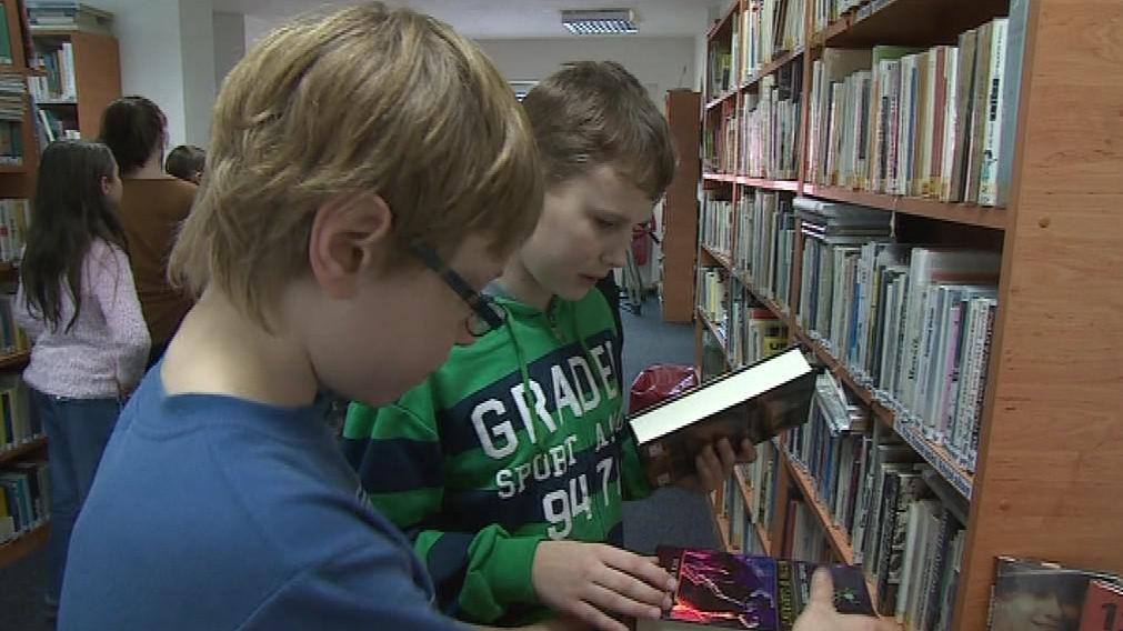 Nové knihy získá olešnická knihovna i základní škola