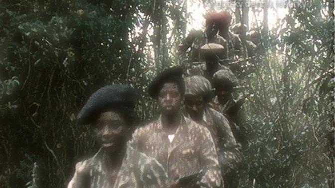 Záběry z filmu Angolský deník lékařky