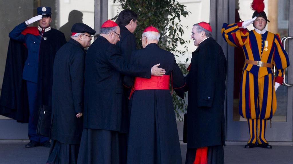 Kardinálové míří na kongregaci