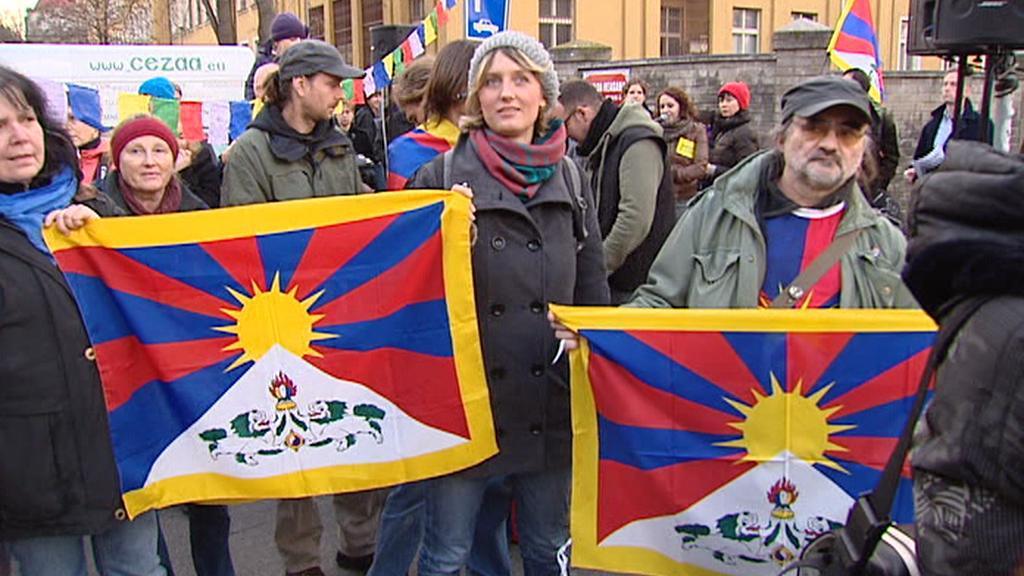 Protest před čínskou ambasádou