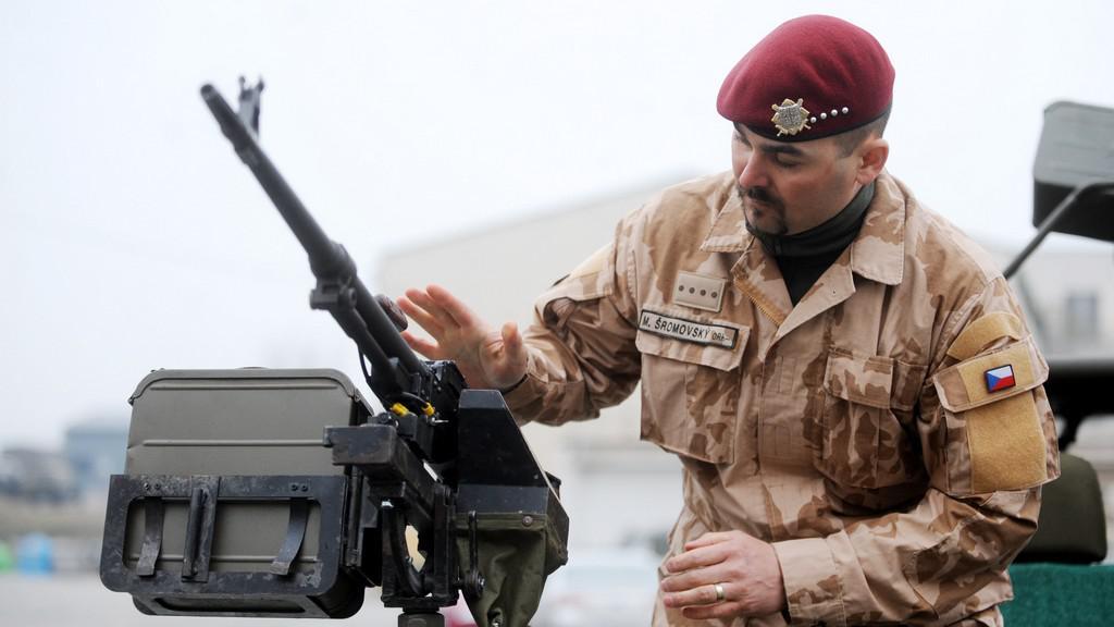 Jeden z velitelů - rotný Martin Šromovský