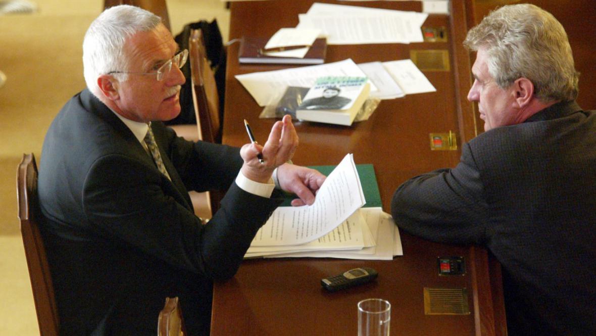 Václav Klaus s Milošem Zemanem (2000)