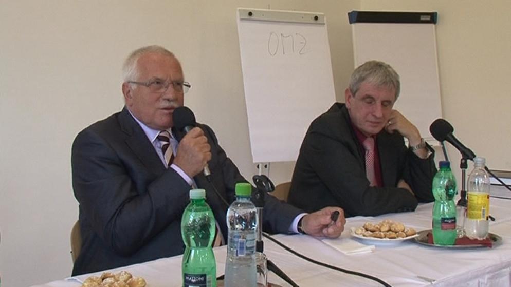Václav Klaus při debatě se studenty gymnázia v Brně