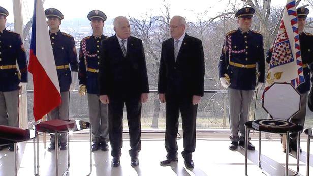 Václav Klaus a Ivan Gašparovič ve vile Tugendhat