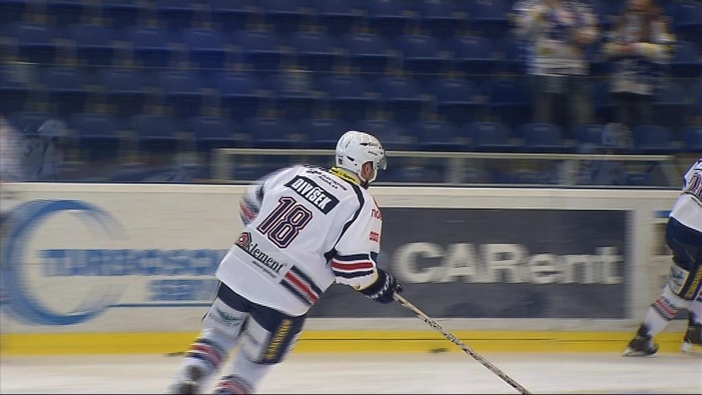 Tomáš Divíšek se na brněnský led vrátil poprvé od přestupu
