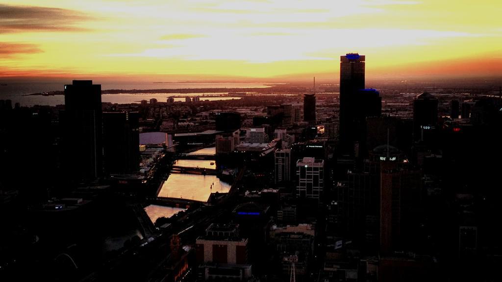 Melbourne v noci