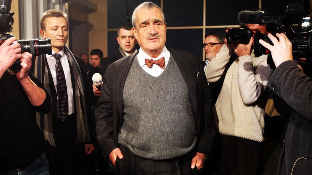 Karel Schwarzenberg mezi novináři
