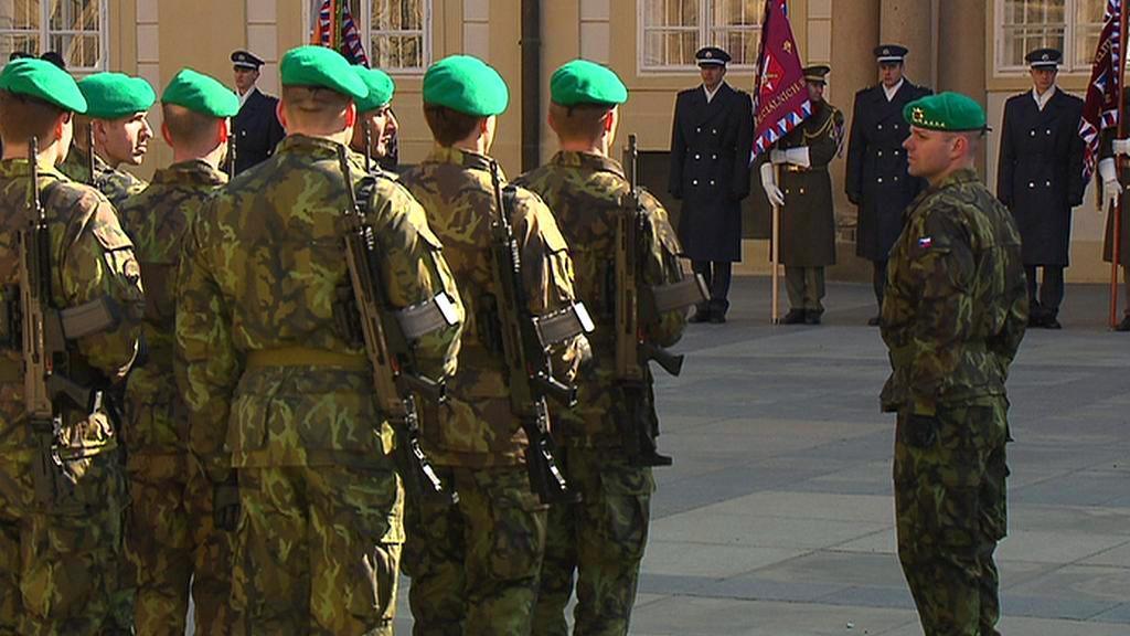Nácvik inaugurační vojenské přehlídky