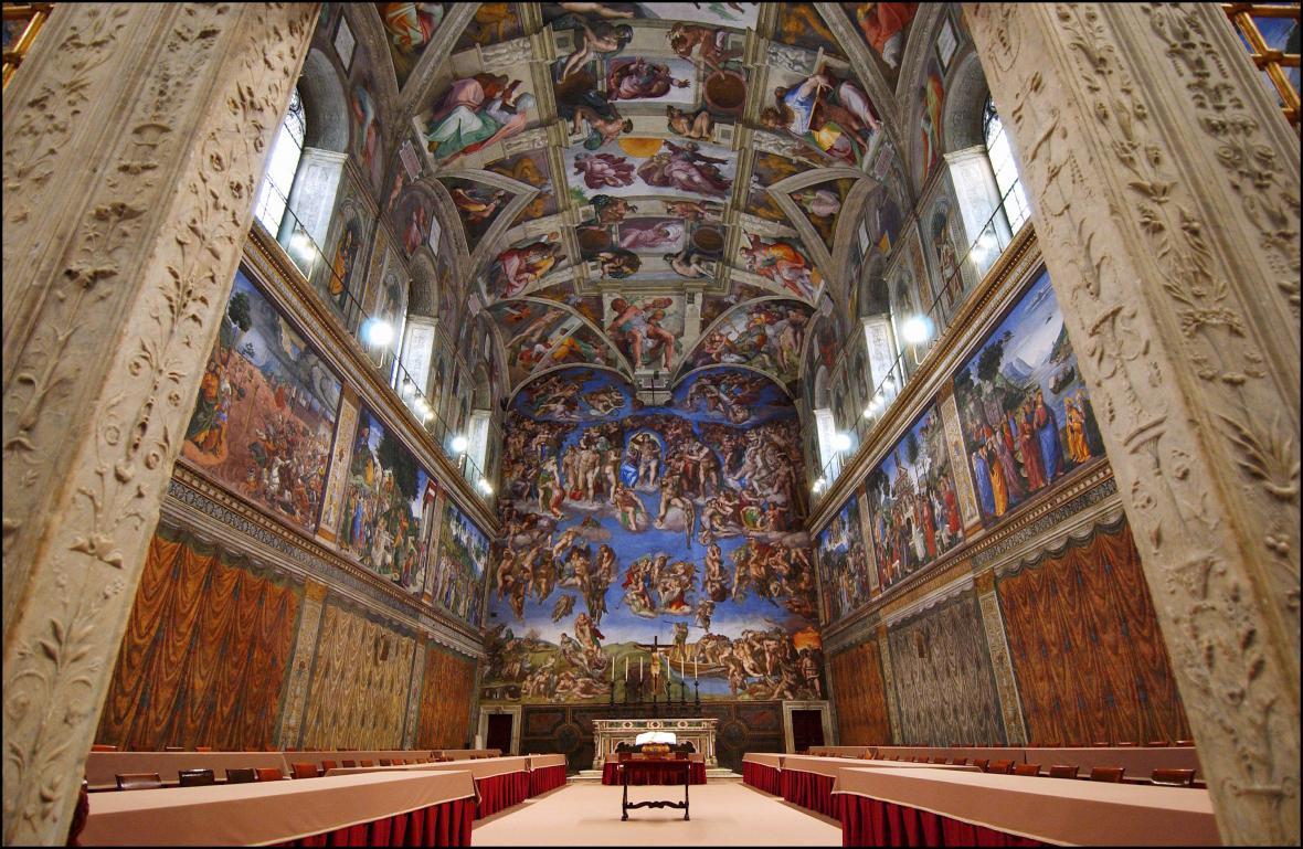 Sixtinská kaple, kde kardinálové volí papeže