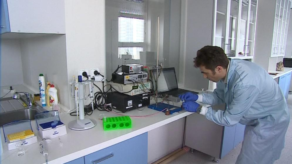 Petr Kubáň testuje vzorky