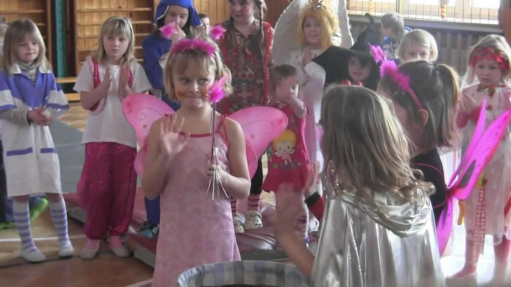 Borohrádecké děti slaví karneval