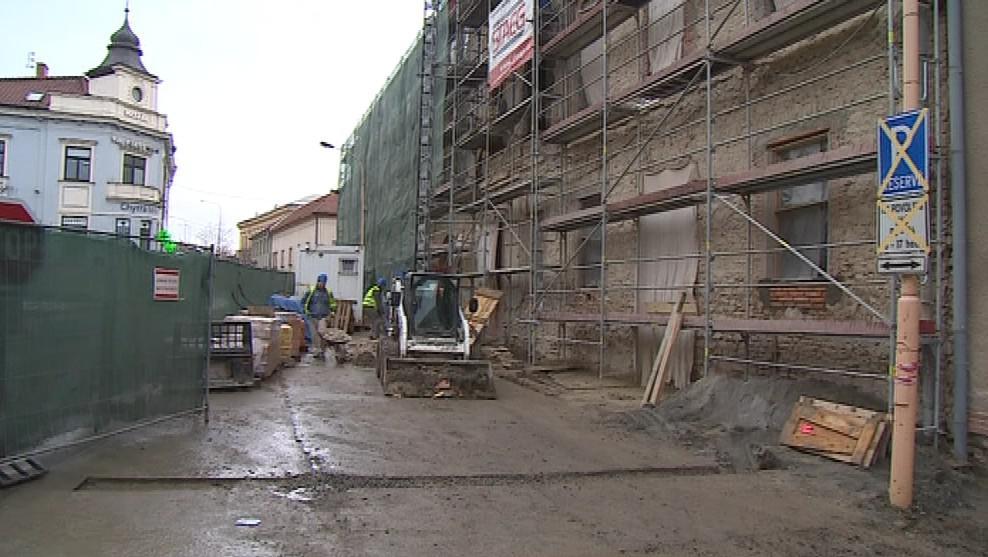 Rekonstrukce Greplova domu je v plném proudu