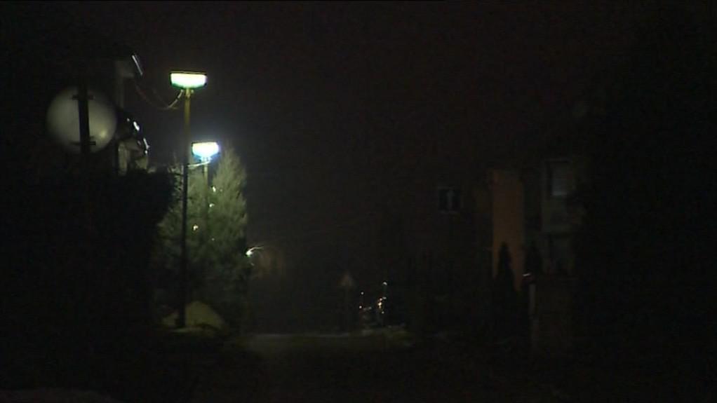 Noční osvětlení v Hluku je nedostatečné