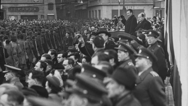 Klement Gottwald v roce 1948