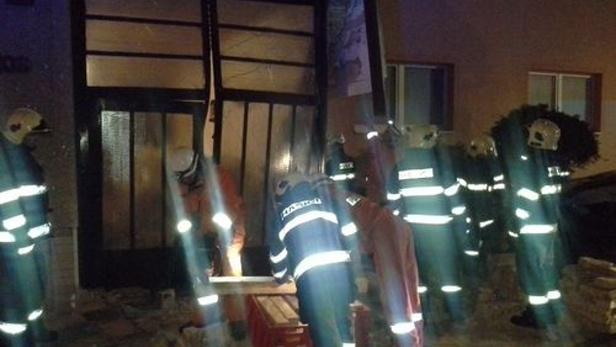 U havárie museli zasahovat hasiči