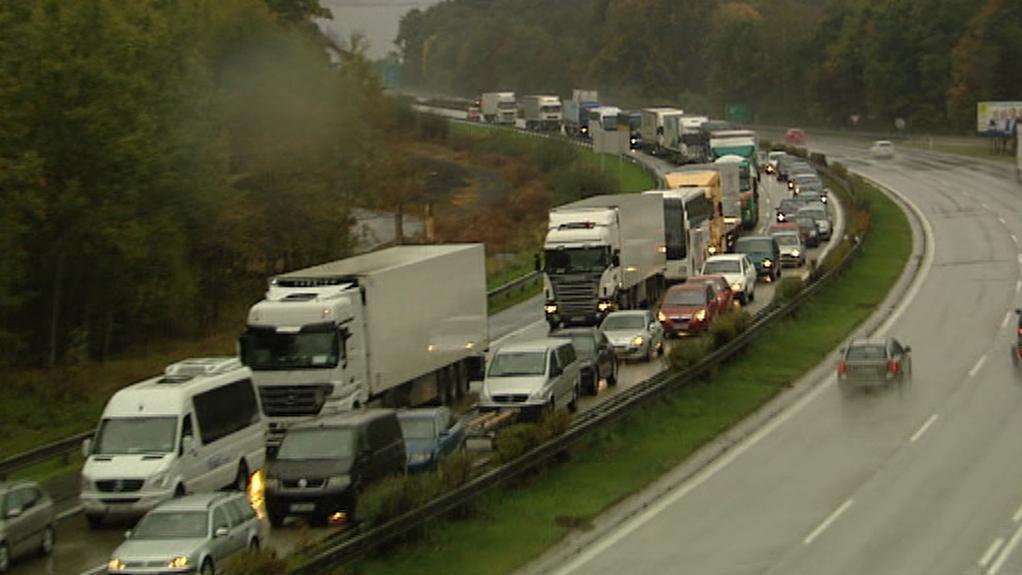 Zablokovaná dálnice D1 po nehodě