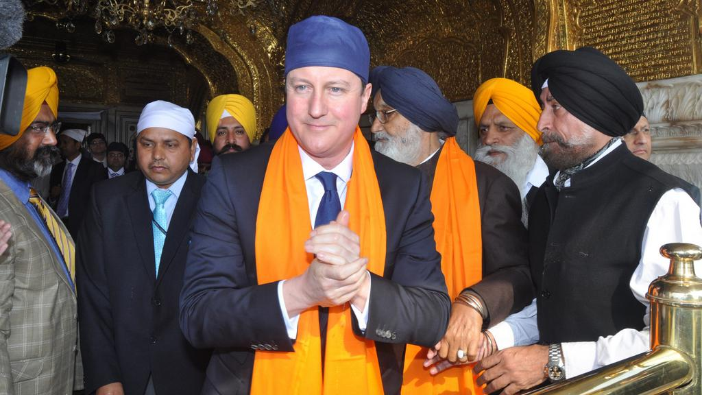 David Cameron v Amritsaru