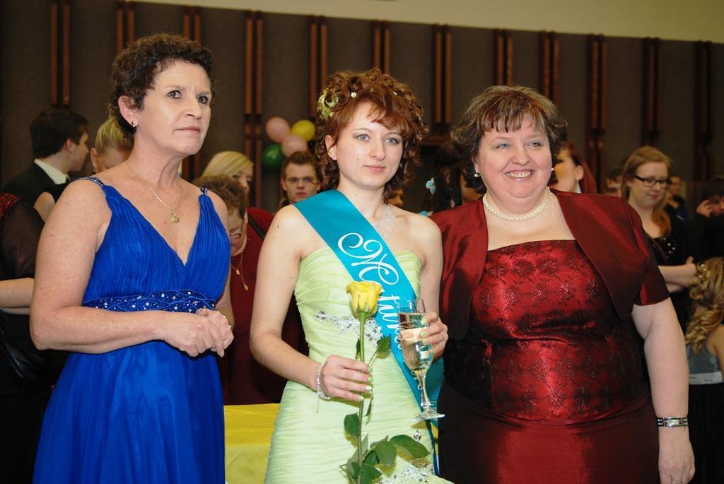 Z maturitního plesu v Třemošnici